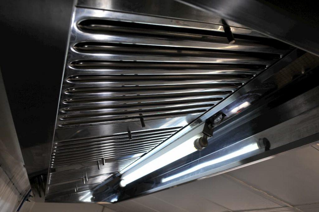 nec+ - degraissage hotte - nettoyage conduits buées grasses hotte restaurant - france